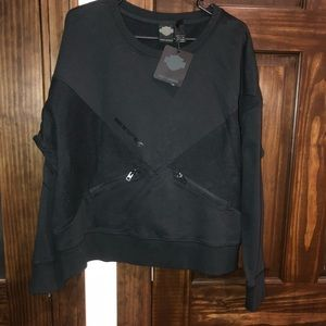 Women's size 2XL Black Harley Davidson sweater